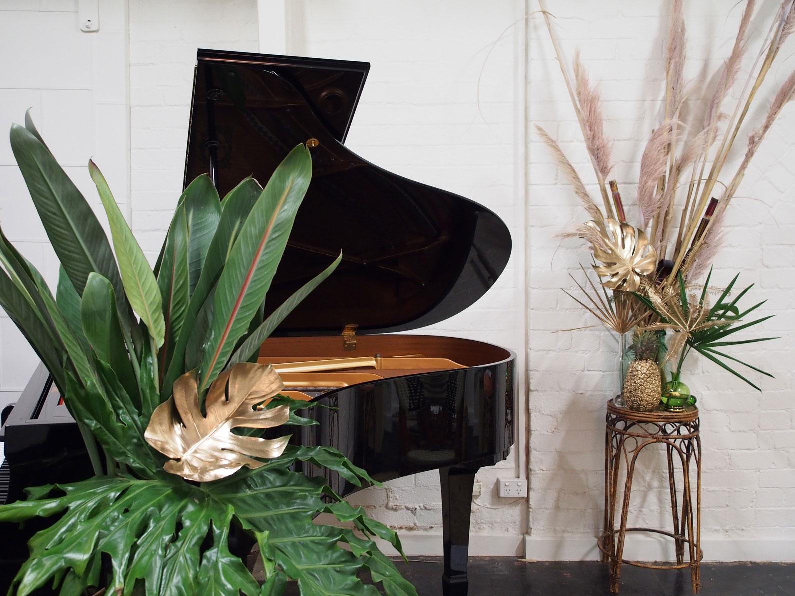 Studio-Mimi-Moon-New-Palm-Court-Orchestra-Styling-art-direction-Photoshoot-